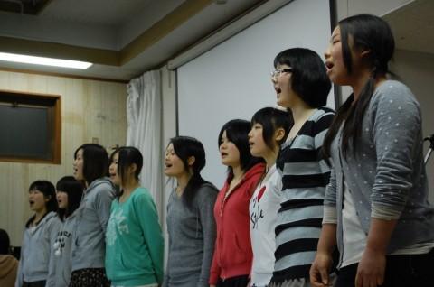高等部のみんなが透明感のある合唱を披露してくれました