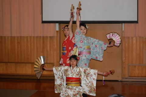 前列は日和、後列はみほちゃん(左)とちーちゃん