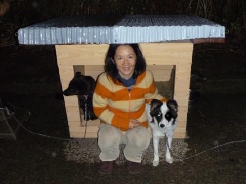 リックさん手作りの犬小屋