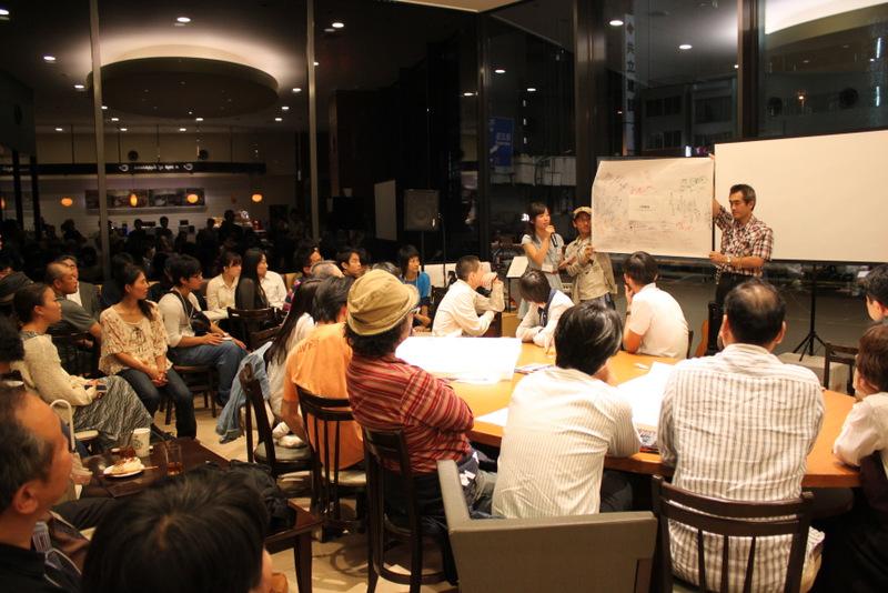 昨年東京で開催されたイベントにてー大勢を前に堂々のプレゼンテーションを行う玲衣花