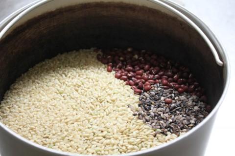 まずは酵素玄米の炊き方指導から