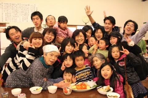 美味しい食事と子供達とともに