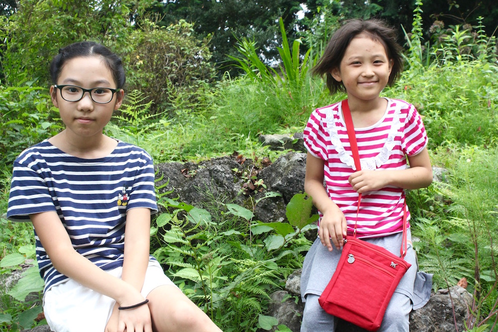 ソミンちゃん(左)とイエヨンちゃん